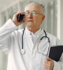 18 Online medical center Hero img 2